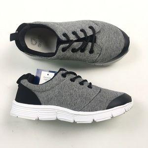 Gap Kids Sneakers 3 B50